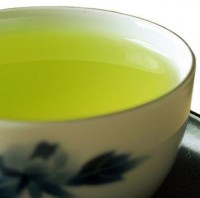 Kukicha mit Matcha - Grüner Tee aus Japan im Originalgebinde - 100g